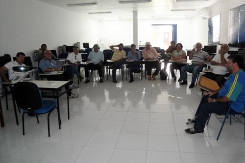 DISTRITO DE PILAR PROMOVE REUNIÃO TECNICA SOBRE CAPRINOCULTURA LEITEIRA