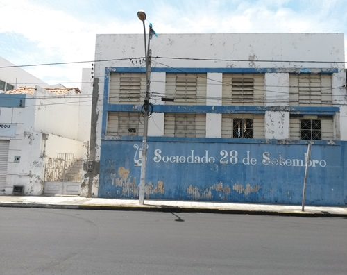 RedeGN - ABANDONADA, SOCIEDADE 28 DE SETEMBRO DESTOA DO CENTRO DA ...